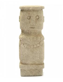 Kamenná soška muže Sumba 05