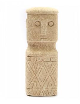 Kamenná soška muže Sumba 03